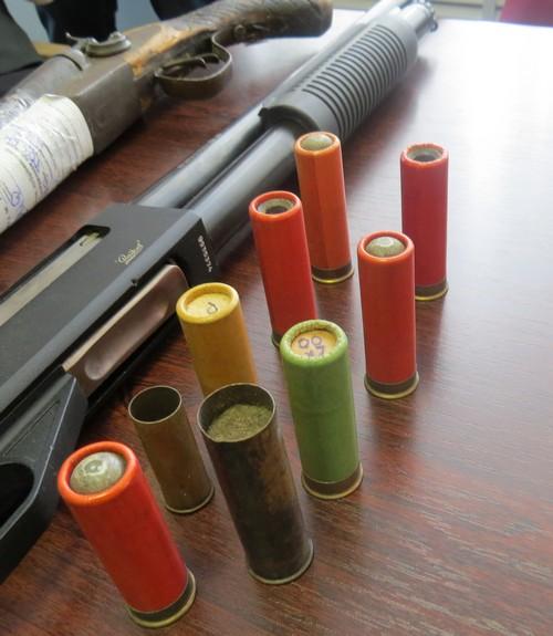 О добровольной сдаче гражданами незаконно хранящегося оружия, боеприпасов, взрывчатых веществ и взрывных устройств на возмездной основе
