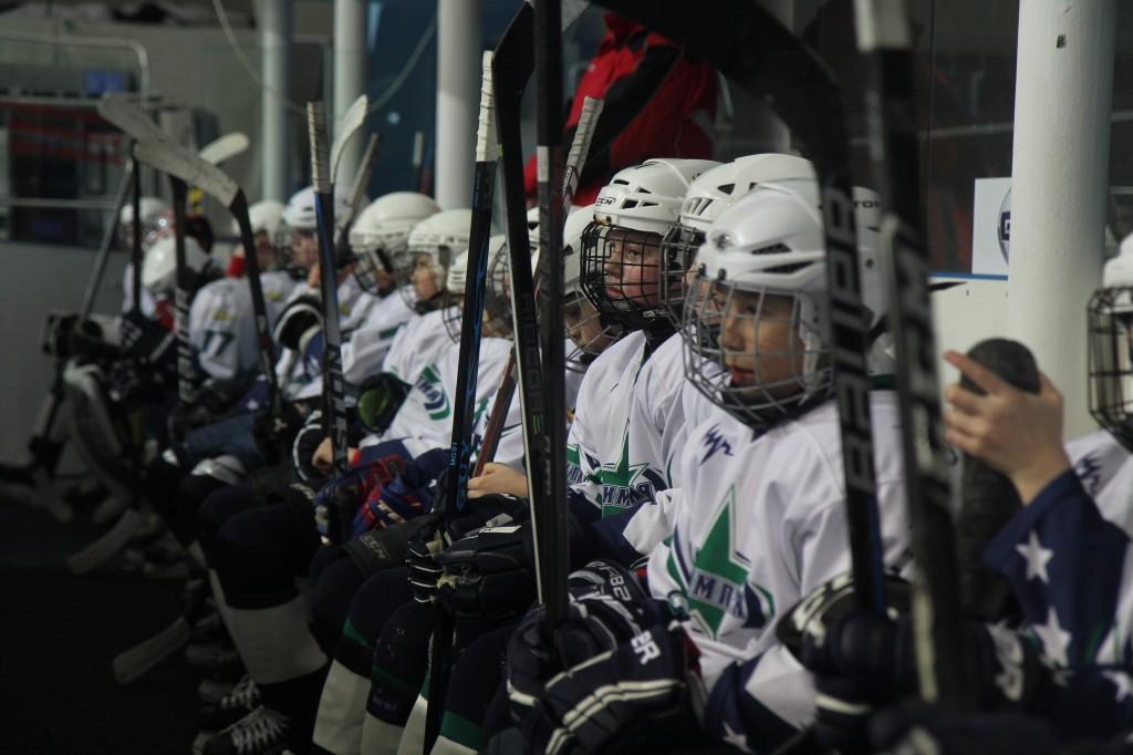 В Оренбурге стартовал финальный этап окружного хоккейного турнира «Золотая шайба»