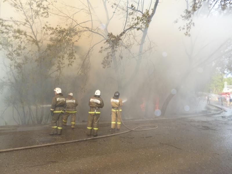 На Блюхера в Кирове сгорел деревянный дом