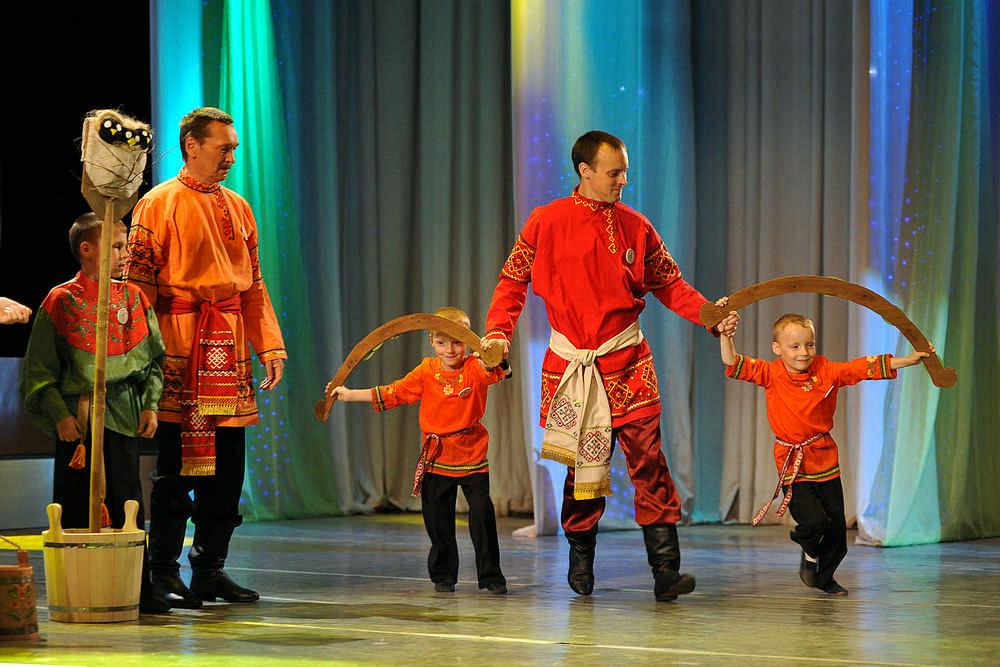 Кировская семья заслужила звание самой дружной семьи Приволжья.