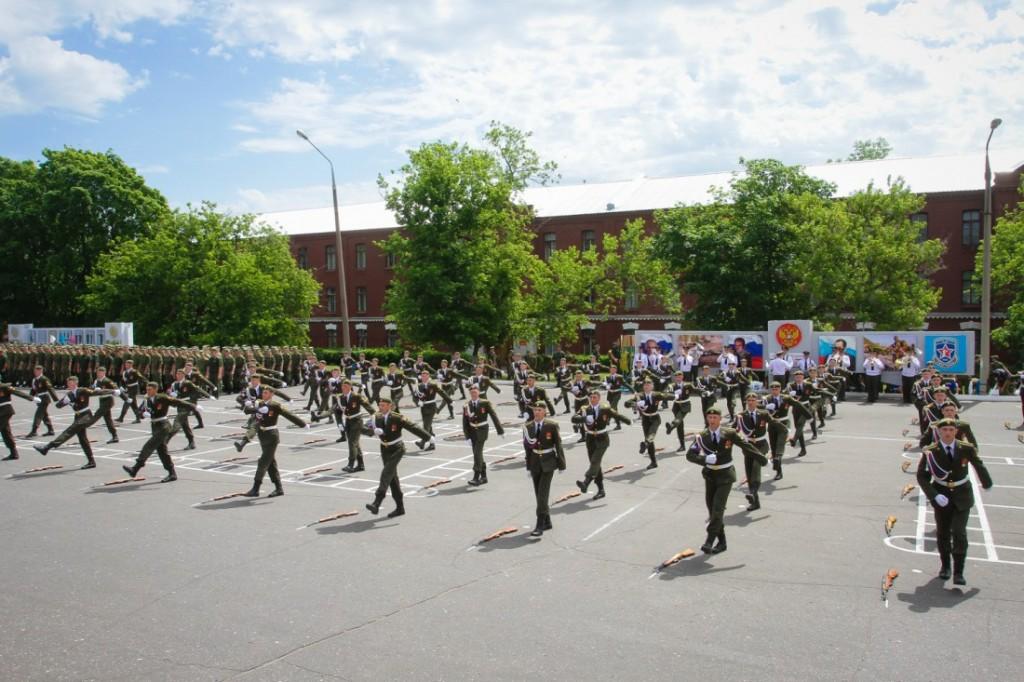 Лагерь гвардеец
