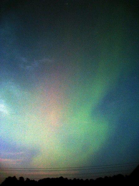 Над Кировской областью видели полярное сияние