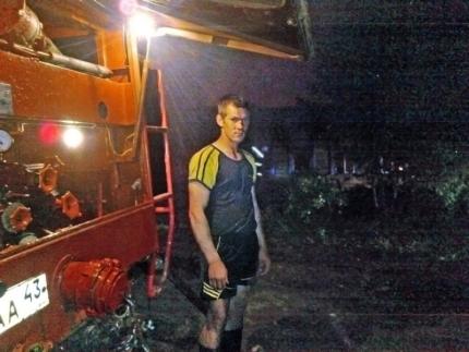 В Кировской области мужчина спас из огня пенсионерку
