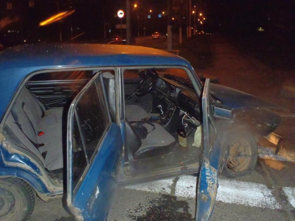 В Кирове «семерка» врезалась в иномарку: четверо пострадавших
