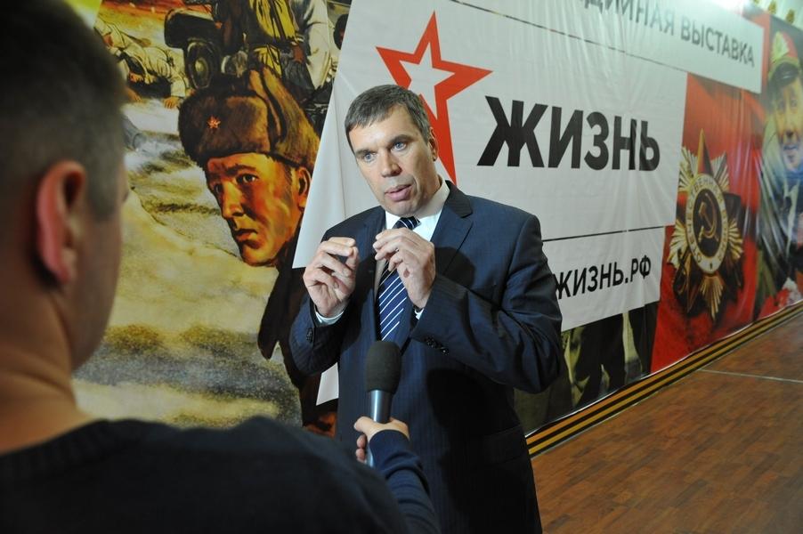 Владимир Климов встретился с участниками делегации, которая представит Кировскую область на окружном молодежном форуме «iВолга-2015»