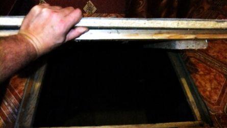 В Кировской области человека заперли в подполье