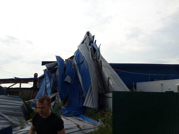 На юге Кировской областипрошел шквал, сорваны крыши домов
