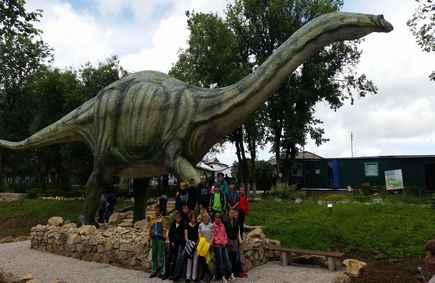 Воспитанники детдома поселка Торфяной побывали в Динопарке