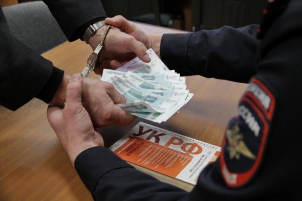 Пьяного кировского водителя накажут за дачу взятки