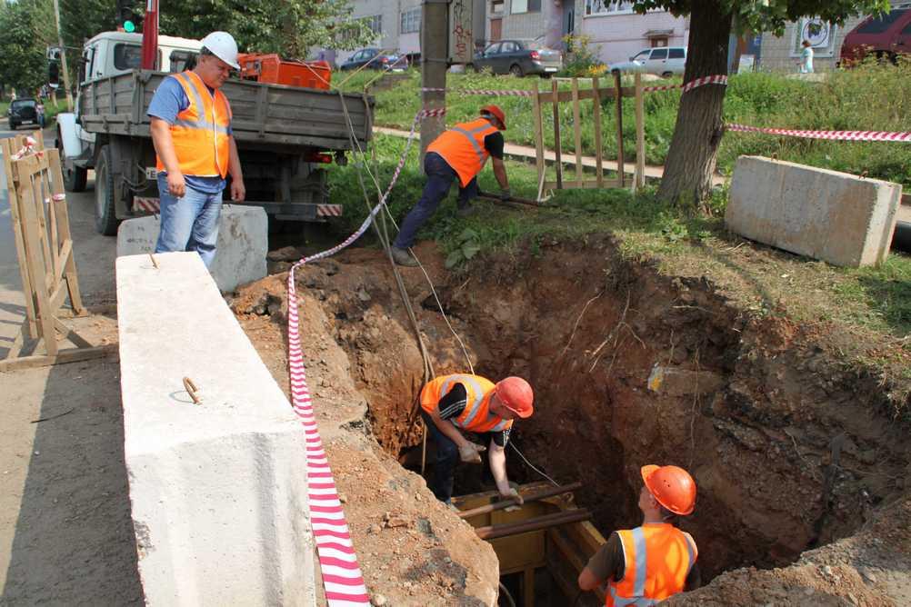 ККС обновят 2 километра канализационных сетей в городе Кирове