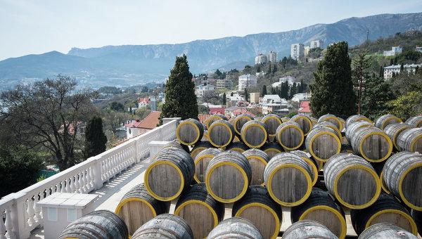 Глава Крыма предложил лечить стресс вином