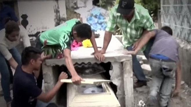 В Гондурасе заживо похоронили беременную девушку-подростка