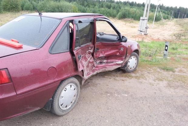 В Слободском районе столкнулись две иномарки: пострадала женщина