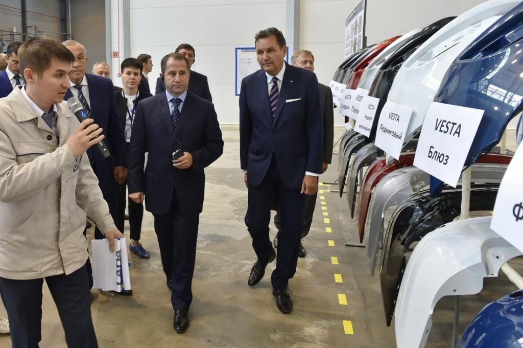 Михаил Бабич принял участие в запуске производства автомобиля «LadaVesta»