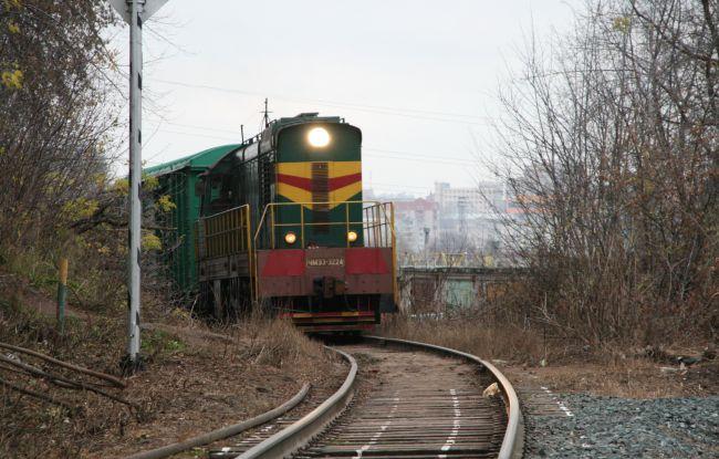 В Лузе 17-летняя девушка попала под поезд и лишилась стопы