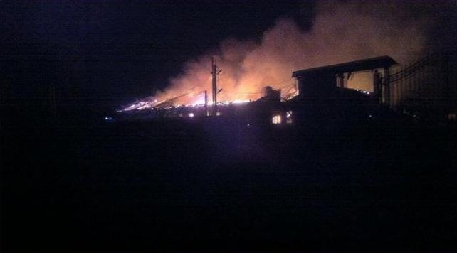 В Зуевке вспыхнул склад на фабрике «Сладкая Слобода»