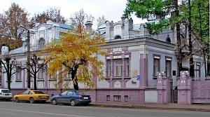 В Кирове благоустроена территория городского клуба ветеранов