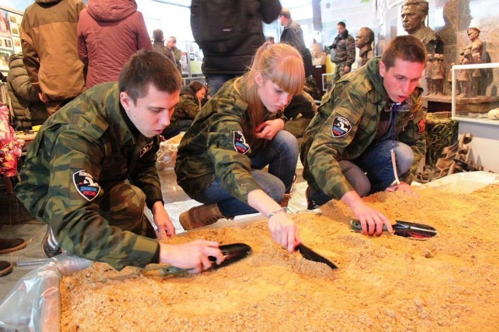 Поисковики Кировской области одни из лучших в округе по применению новых технологий в поисках пропавших без вести воинов ВОВ.