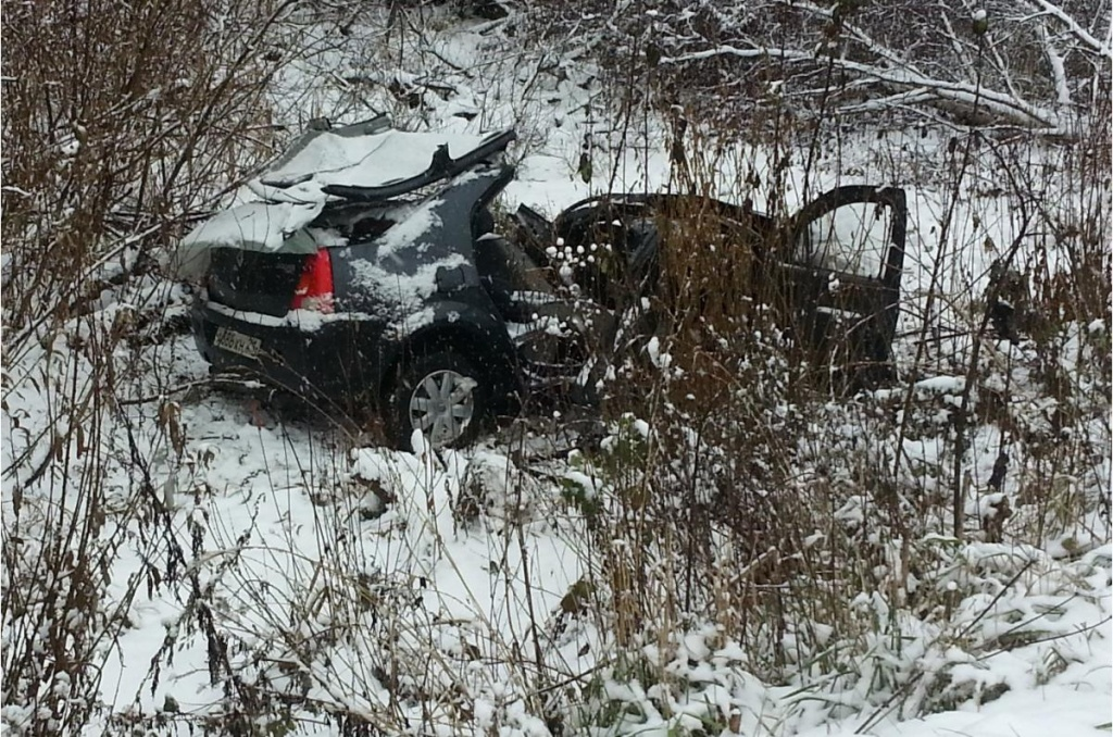 В Оричевском районе столкнулись «Рено» и «Лада»: один погиб, 4 получили травмы