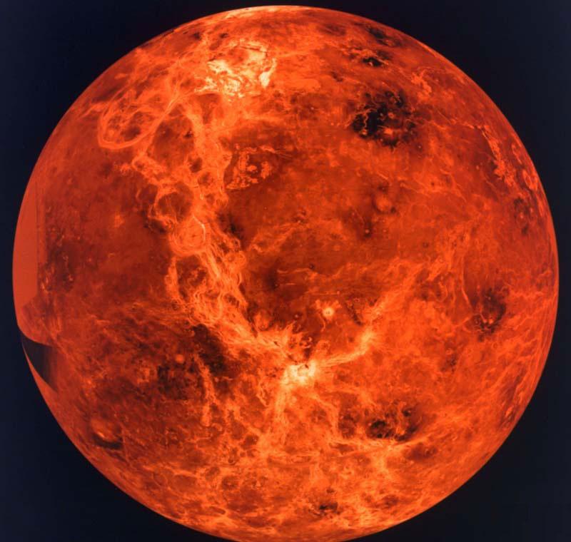 Российские ученые заявили, что на Венере существует жизнь