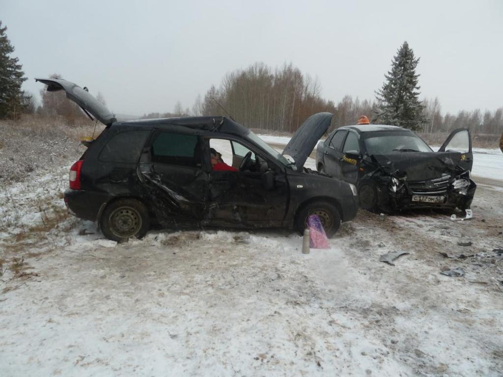 В Уржумском районе столкнулись «Гранта» и «Калина», пять пострадавших