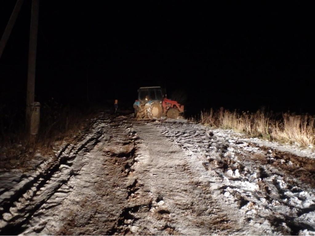 Тракторист погиб, опрокинувшись в пруд