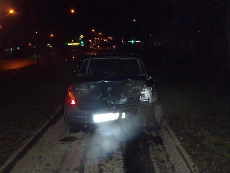 В Кирове столкнулись три иномарки: двое пострадавших