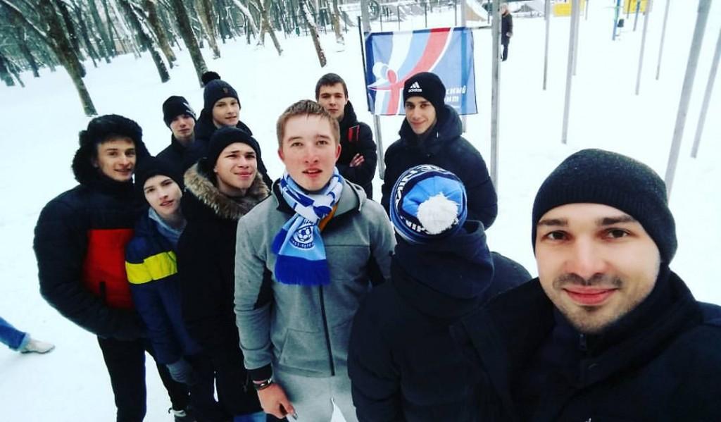 Кировчане подтянулись 2015 раз за 50 минут