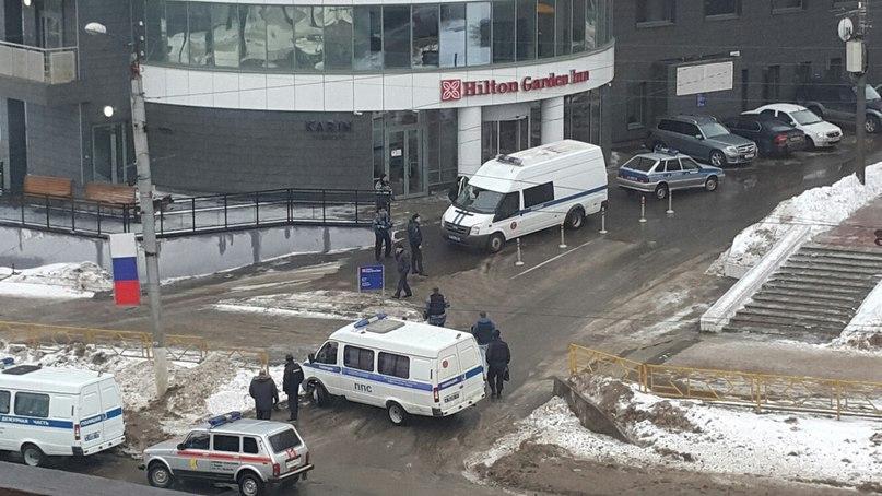 В Кирове гостиницу Hilton эвакуировали из-за подозрительной коробки