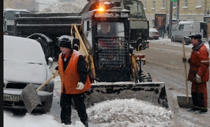 Губернатор Кировской области поручил посыпать тротуары песком