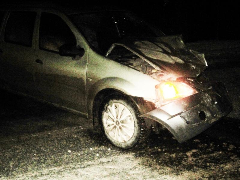 В Орловском районе водитель LADA уснул за рулем и врезался в две фуры