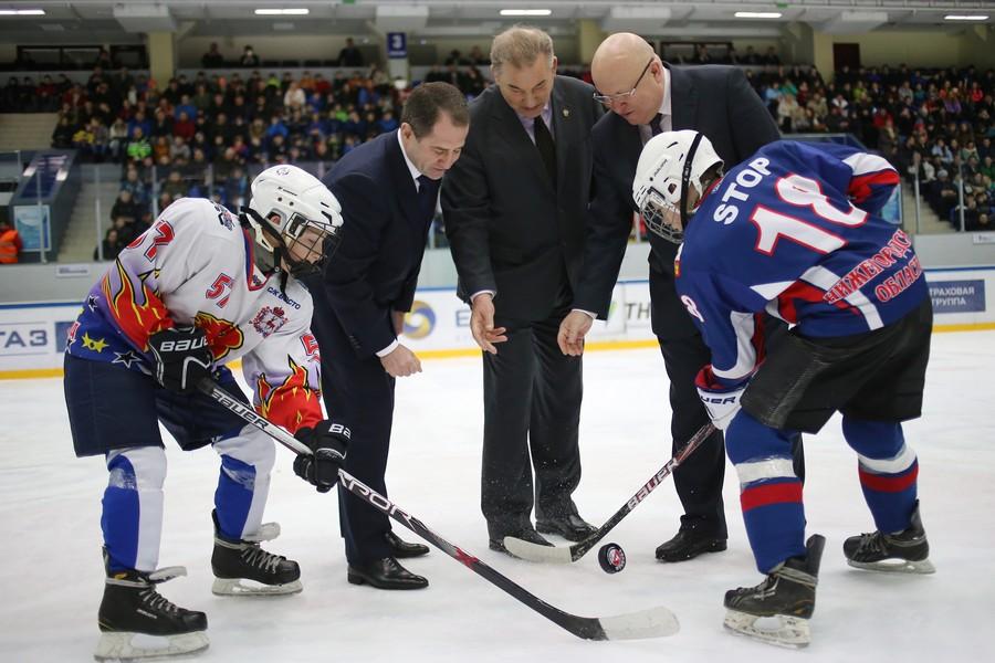 Юные хоккеисты Приволжья начали новый спортивный сезон