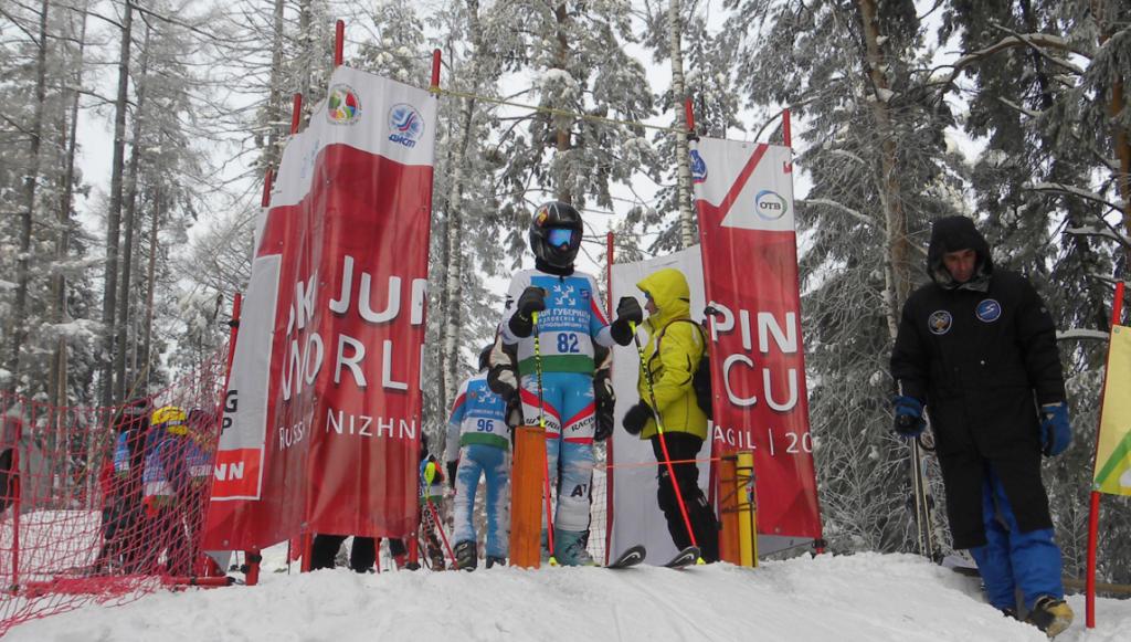 Юные кировские прыгуны с трамплина успешно выступили на первенстве России