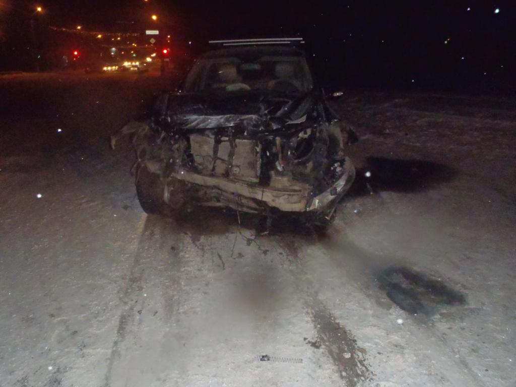 В Кирове при столкновении двух иномарок пострадало пять человек