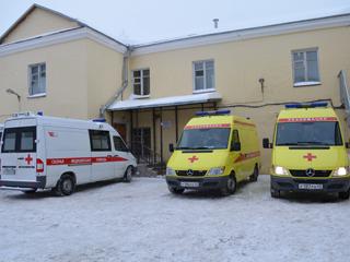 У кировской скорой помощи появились новые автомобили