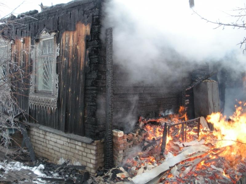 В Арбажском районе сгорело здание библиотеки