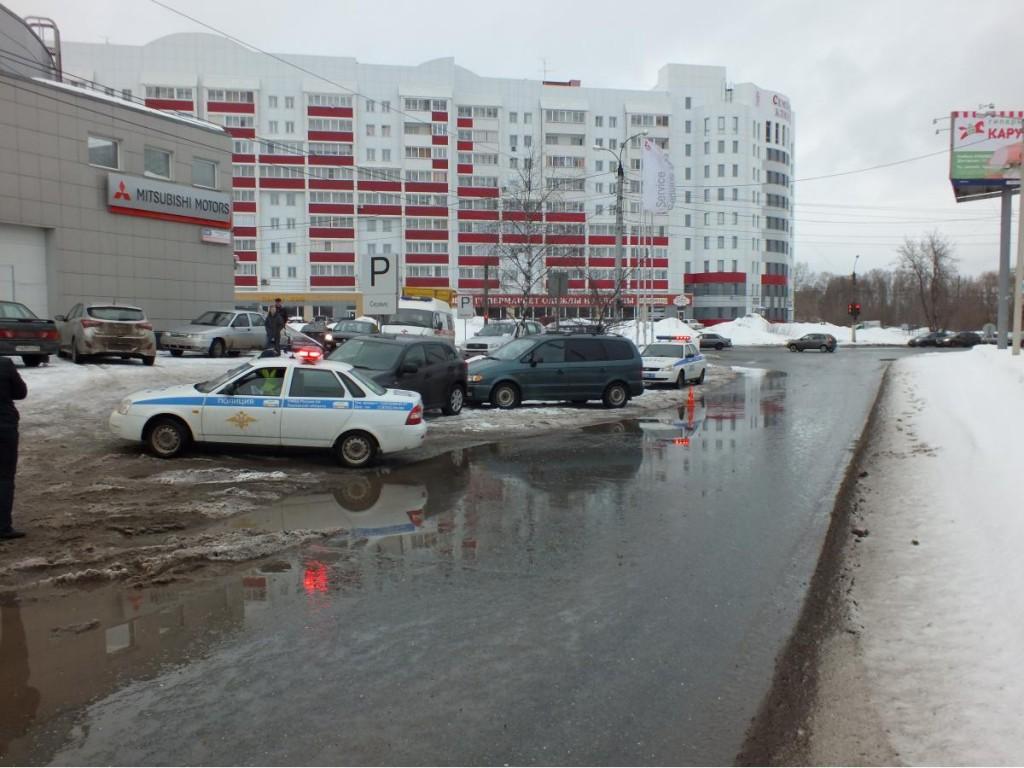В Кирове 58-летний водитель «Мицубиси» скончался за рулем