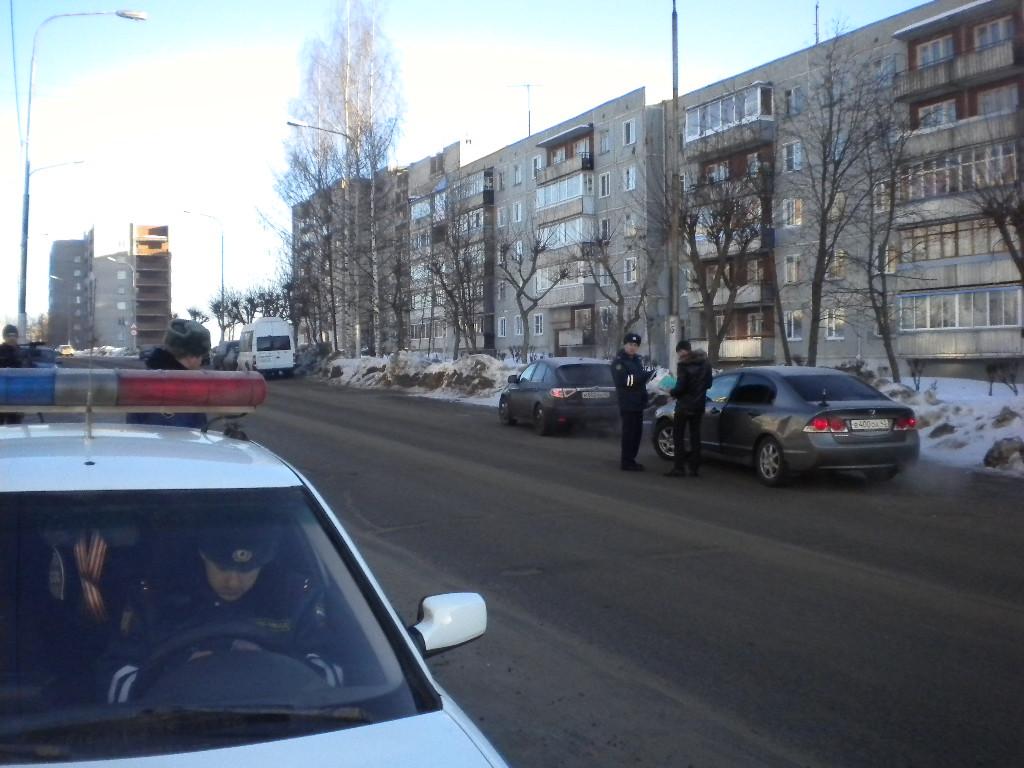 В Кировской области дальнобойщики продолжают «колесить» без тахографов