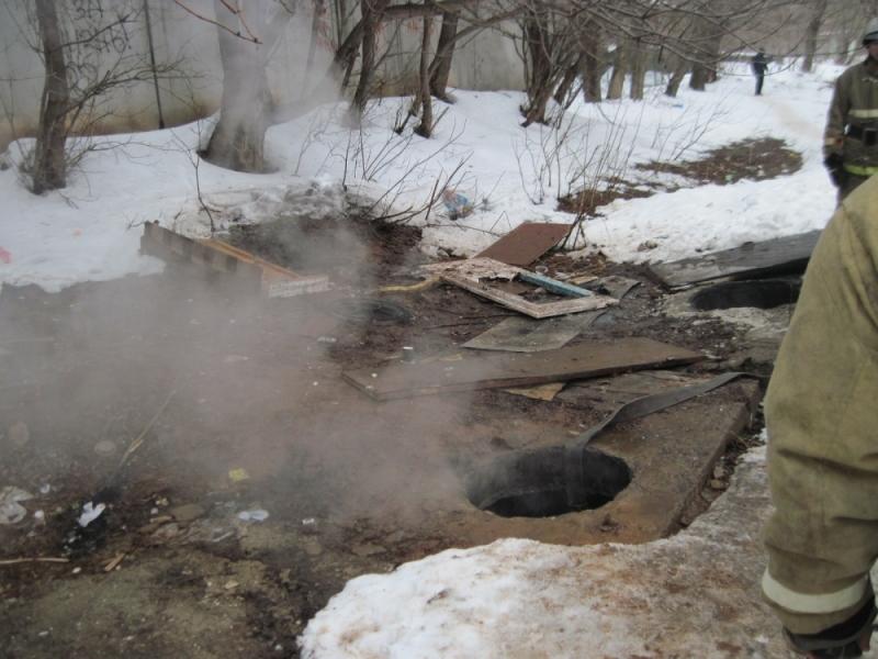 В тепловом коллекторе на Комсомольской едва не погиб бездомный
