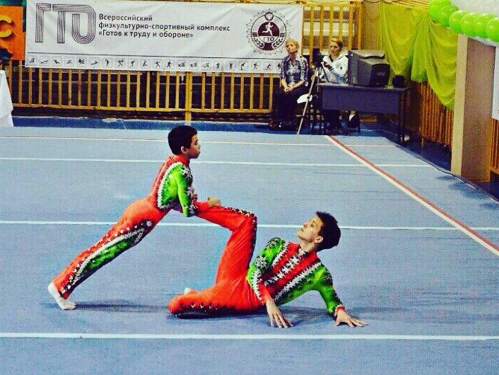 Кировская мужская пара стала первой на Первенстве Мира по спортивной акробатике