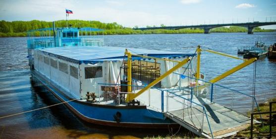 Теплоход «Кировчанка» открыл сезон речных прогулок по Вятке