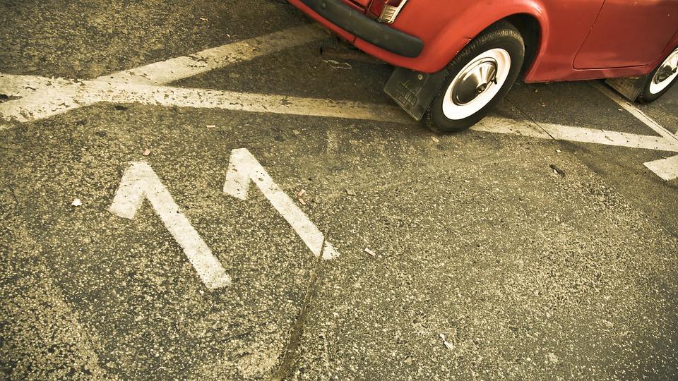 В Кирове появится 30 платных парковок