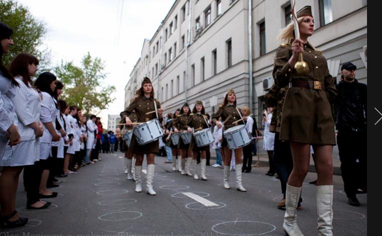 2000 студентов Кирова выстроятся на «Линейку памяти»