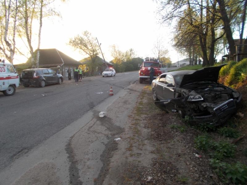 В Яранске автоледи на «Ауди» протаранила «Рено», пять пострадавших