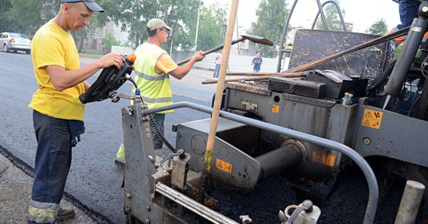Васильев проверил качество ремонта дорог в Кирове