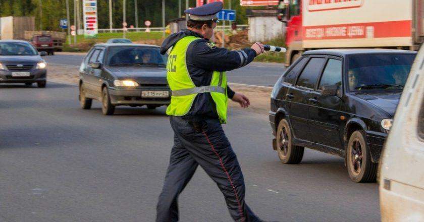 За выходные 33 кировчанина попались инспекторам ГИБДД пьяными за рулем