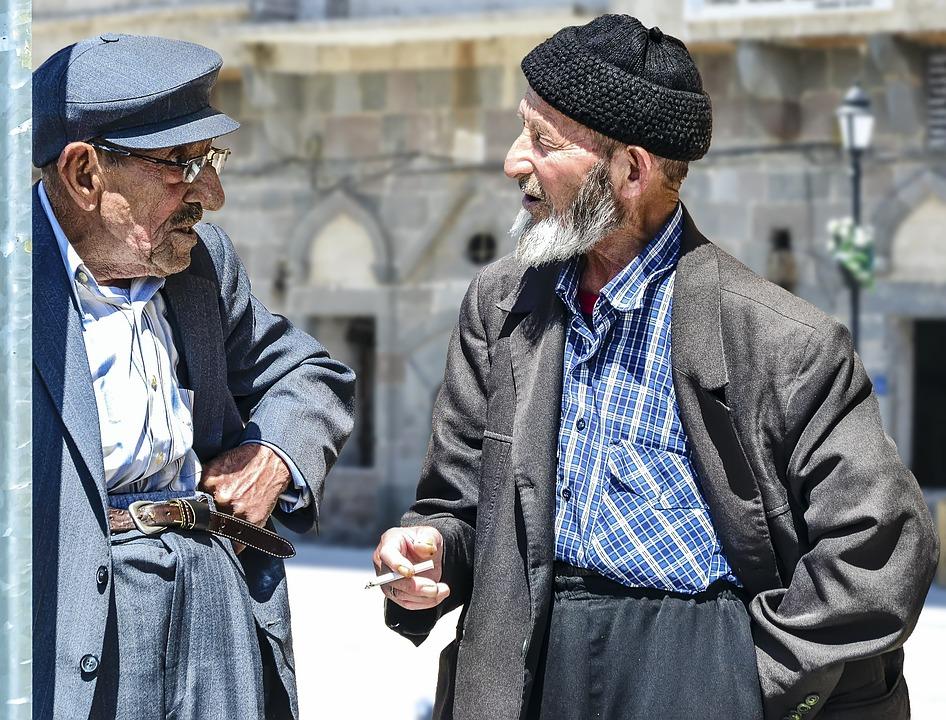 Ученые рассказали, как побороть стресс одиночества пожилым людям