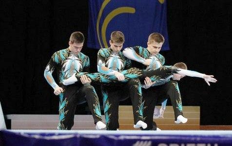 В Киров съезжаются лучшие спортивные акробаты со всей России