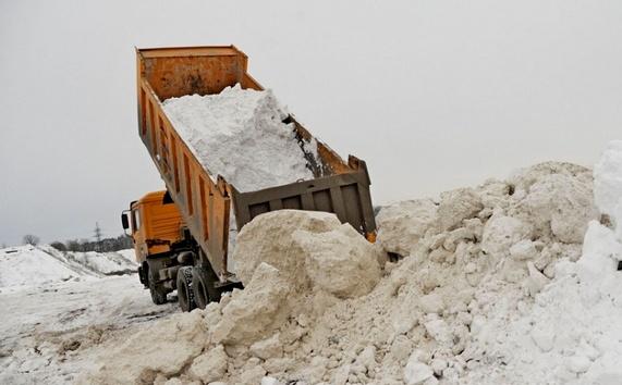 Снегоуборочная техника вывезла из Кирова более 64 млн рублей
