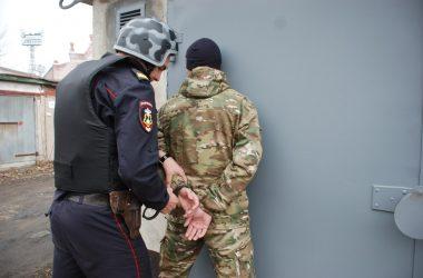 Сотрудники Росгвардии задержали гражданина, подозреваемого в краже